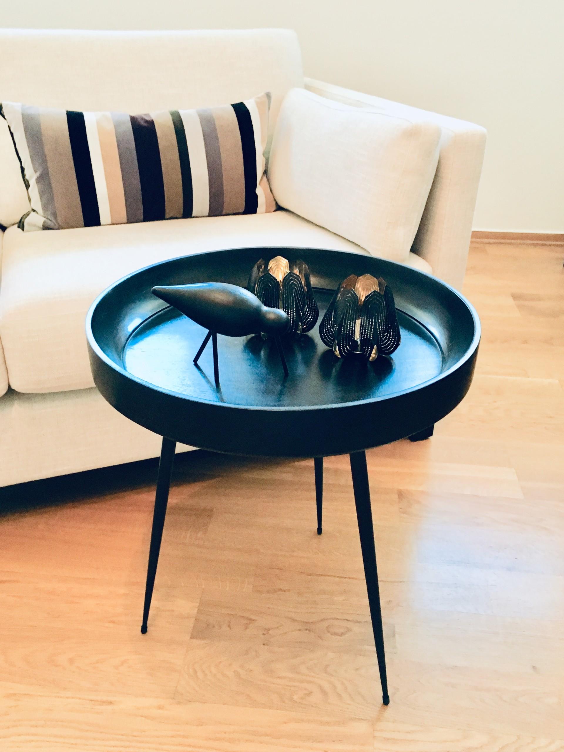 Bowl bord table
