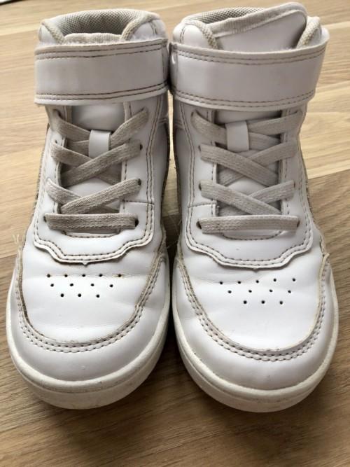 Vaske hvite sko rengjøringstips