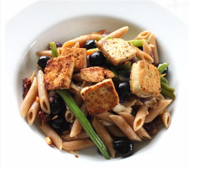 Enkel Pasta Penne med Grønnsaker & Tofu