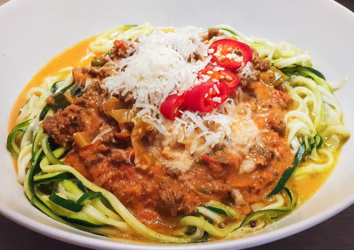 """Lavkarbo """"pasta"""" med squash"""