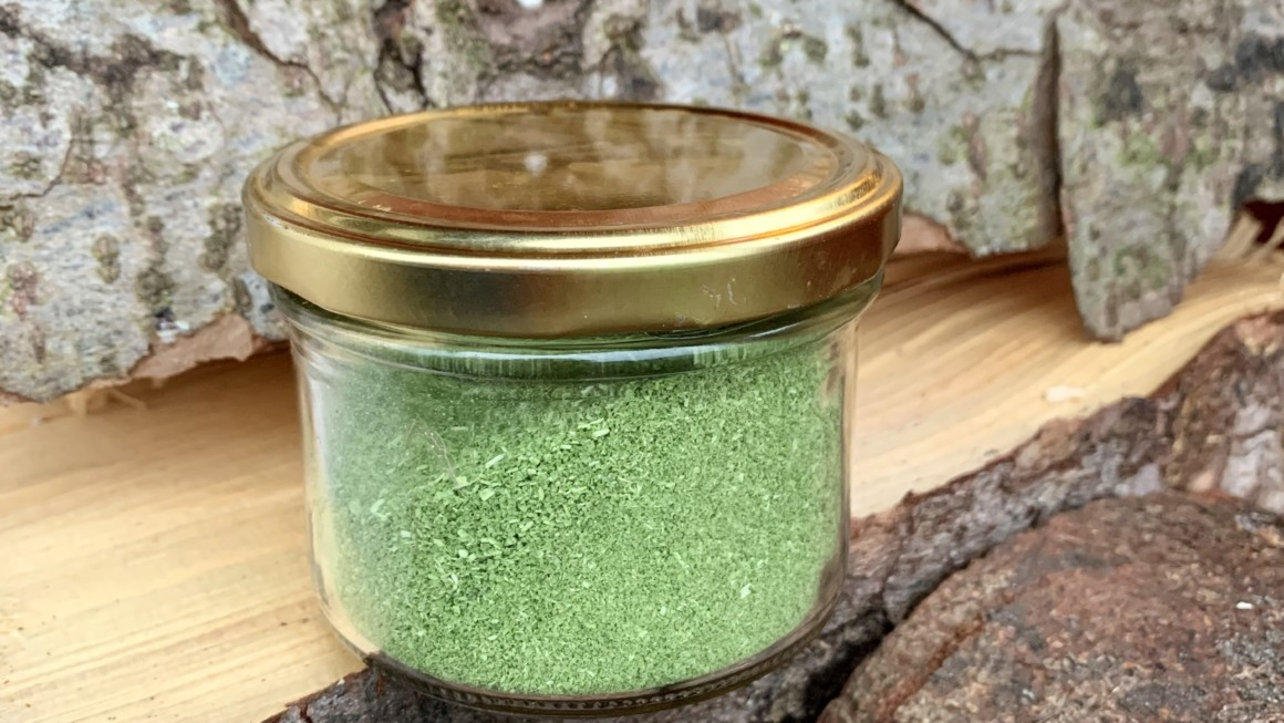Gressløksalt – et kjekt bidrag i krydderhylla