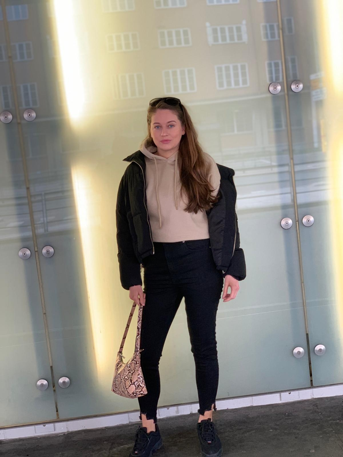isalicious-blogg-blog-blogger-blogging-antrekk-outfit-stil-mote-trend-fashion-style-ootod-nellycom-nelly-nakd-missguided-look-sminke-makeup-drammen-outfits-hm-hm-2.jpg