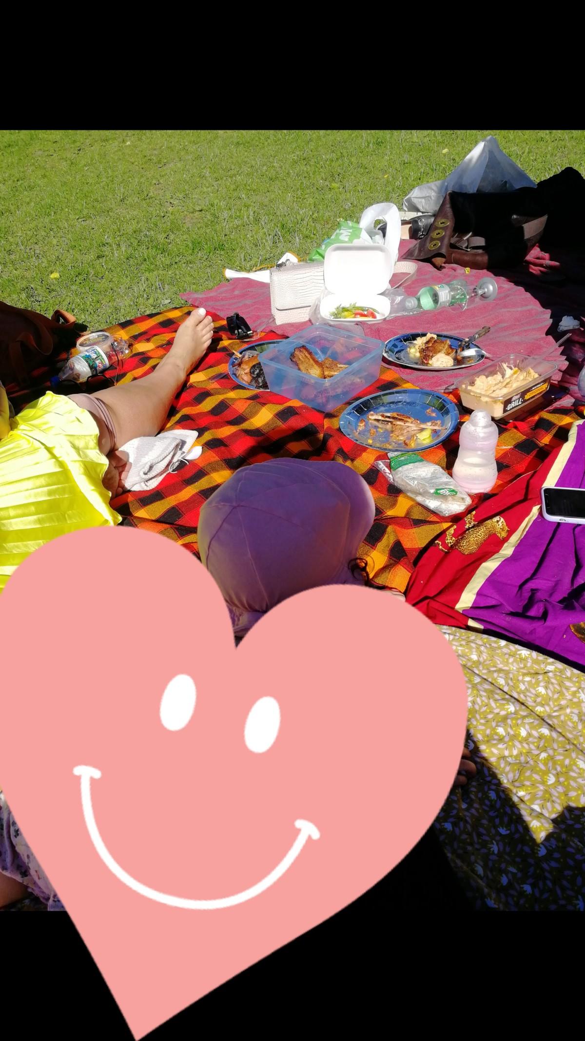 isalicious-blogger-bloggno-blogging-outfit-antrekk-stil-mote-oslo-diplomis-royal-trippelroyal-muffins-baking-marrokansk-mat-middag-burgerking-milkshake-baking-spacex-iskrem-is-sminke-park