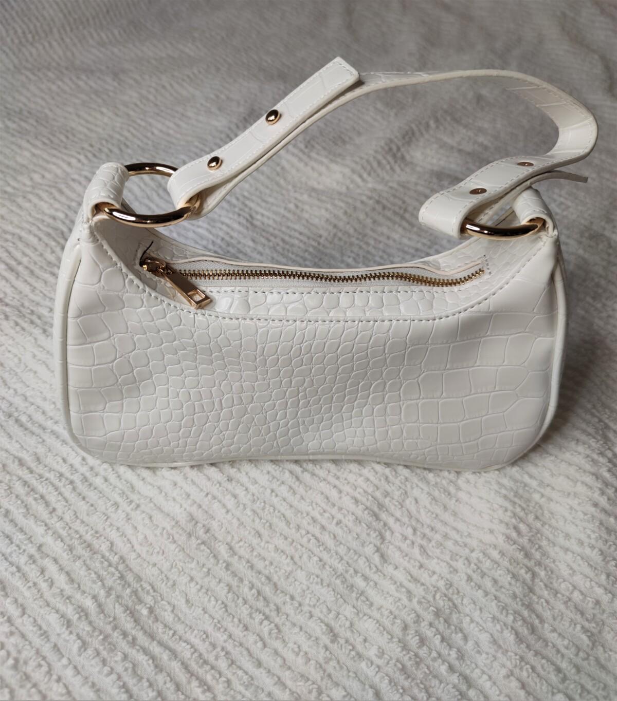 nelly.com-nellycom-nelly-shopping-innkjøp-newin-innkjøpnelly-vesker-veske-nyeinnkjøp-nellytrend-nellystyle-bags-purses-småvesker-isalicious-isalicious.blogg-moteblogger-stilblogger-