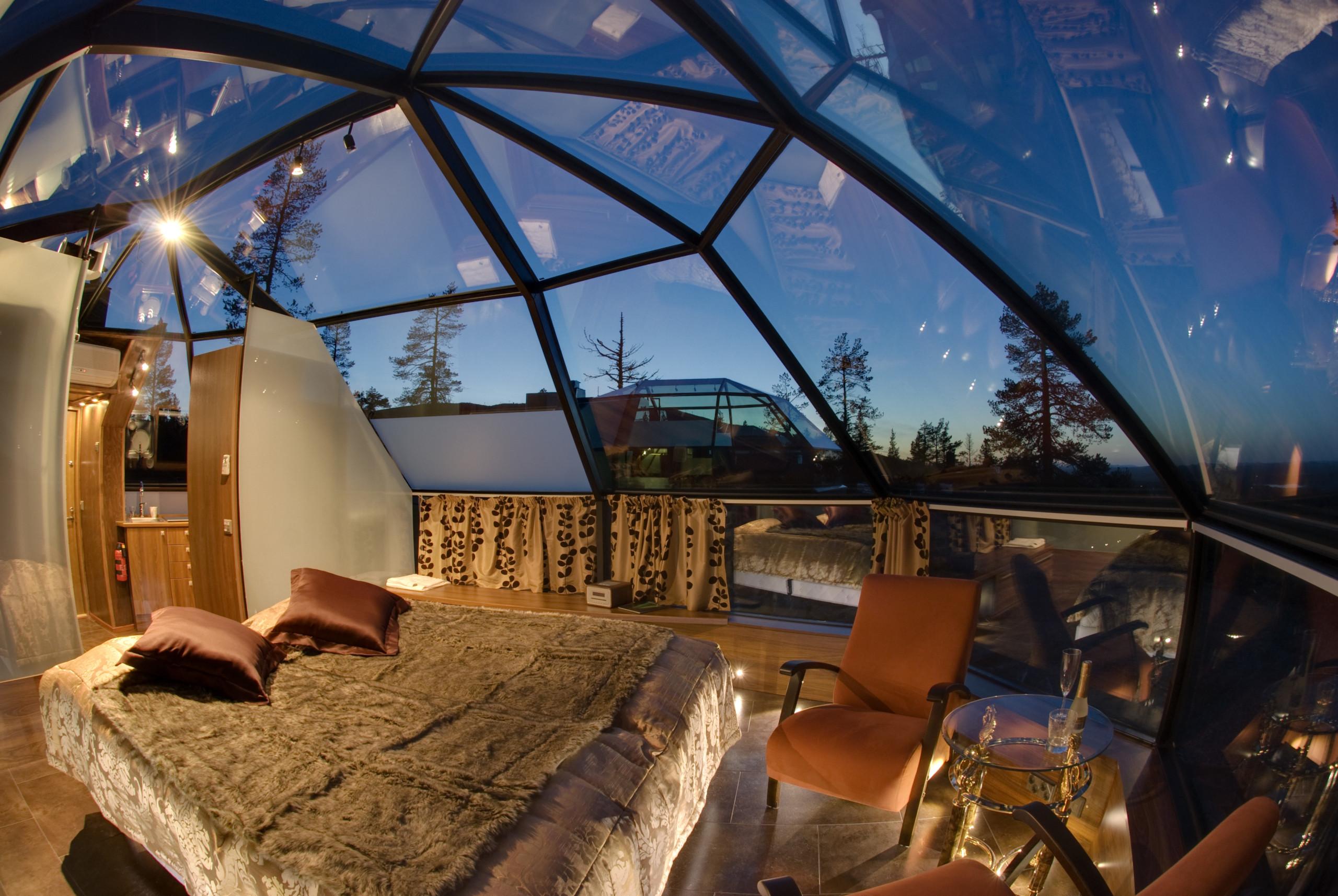 QUANTUM-GLASS_E-Glas_-Igloos-Hotel-Kakslauttanen_Saariselka_Finland_Visual-11__Juha-Lisakki-Koivisto