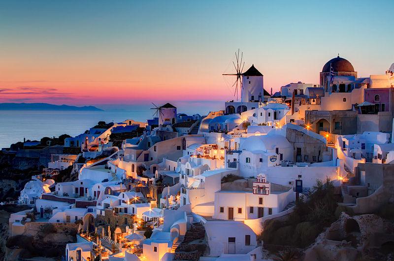 800px-Oia,_Santorini_HDR_sunset