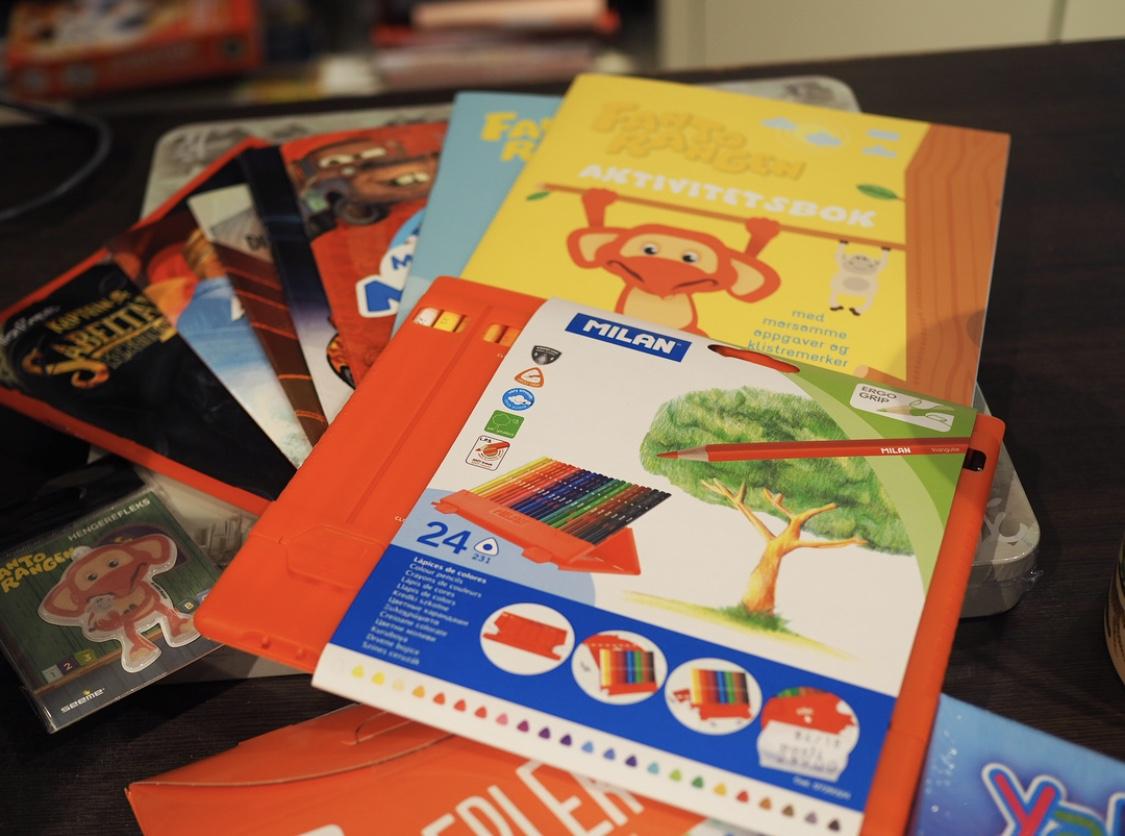 b44f407f784 Jeg kjøpte to stykk selv som jeg synes var supersøte! Paperchase er  forresten Storbritanias største merke innen notatbøker, penner, kort og  brevpakker som ...