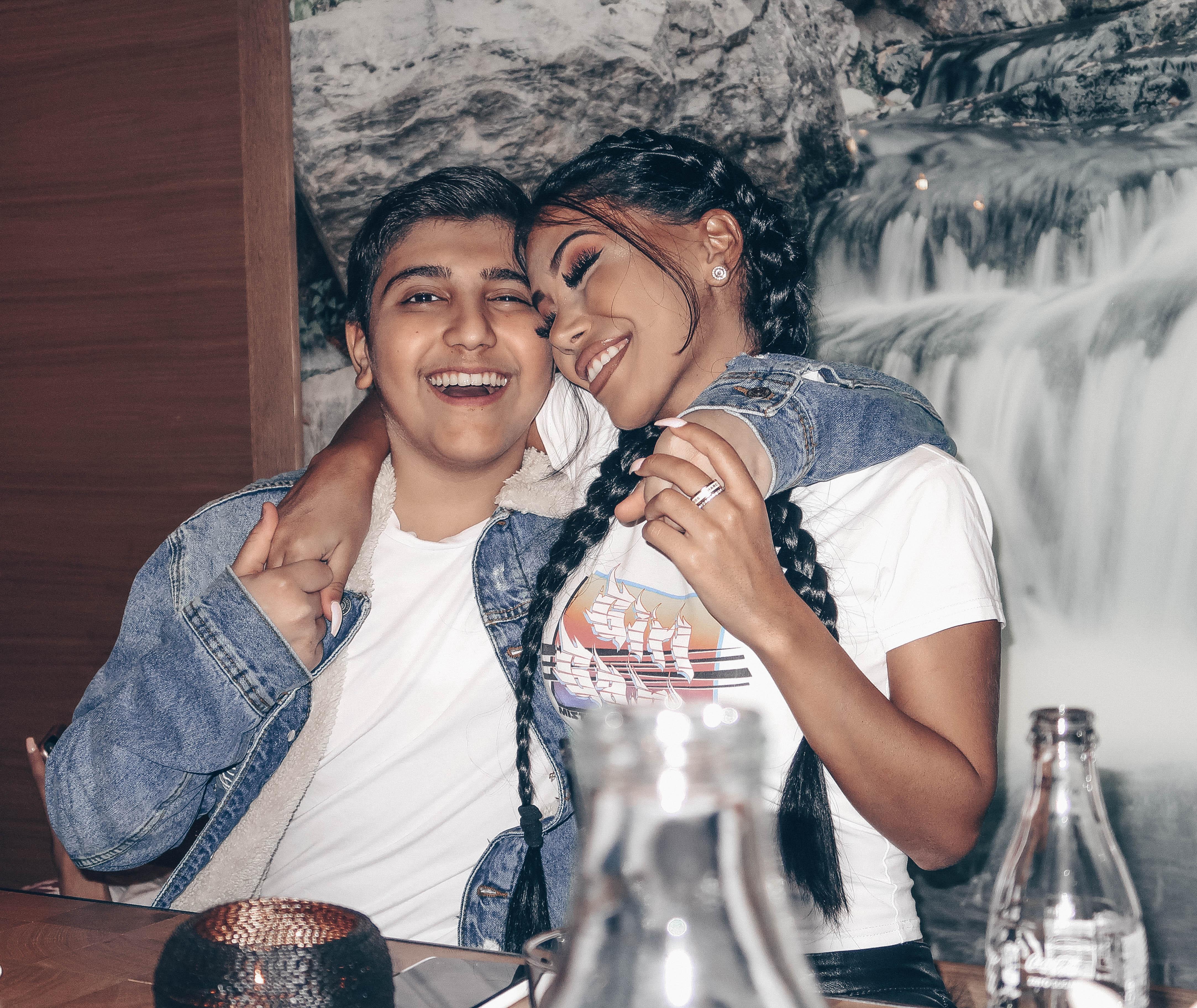 18 og 15 år gammel dating juridisk innsjø varva dating