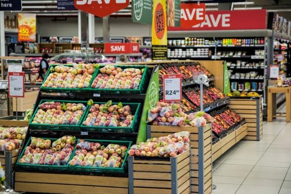 Er butikker alltid stengt på søndager i Polen (2020)?
