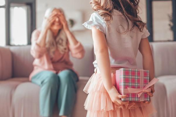 Hva må alle huske om i dag? Om besteforeldrene sine!