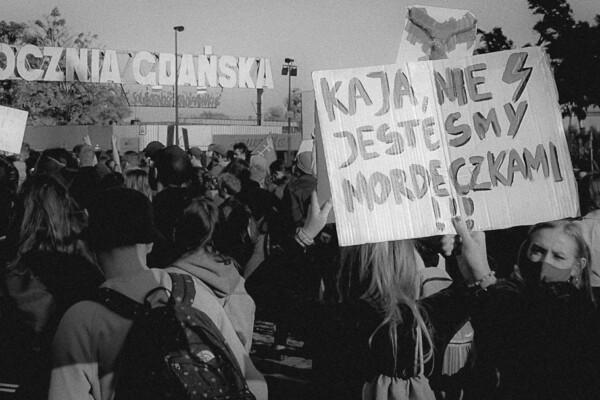 Protester, kvinnestreik, abort i Polen. Hva skjer i Polen nå?