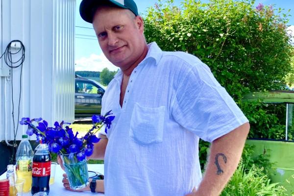 Doc plukka blomster til sjefen!