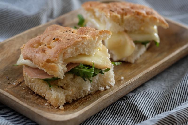 Sandwich med taleggio