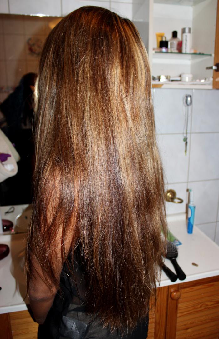 stripe mørkt hår lysere