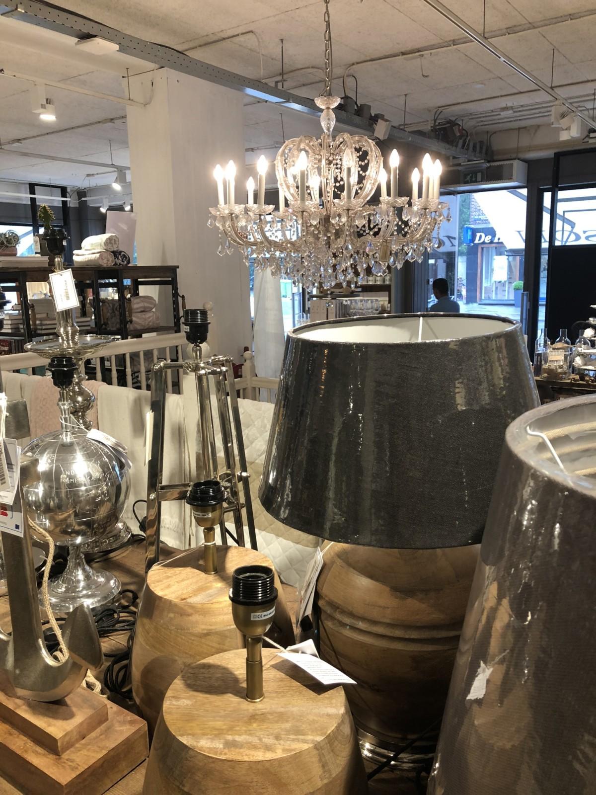 Vevi lounge stol med pall Butikk og Hagesenter Horpestad
