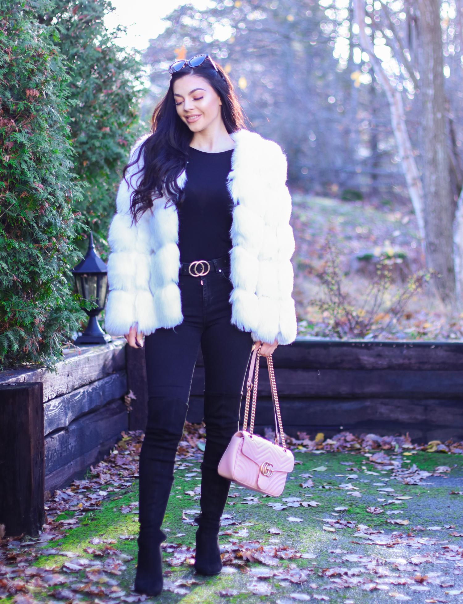 f8eb1739 Strømpebukser – Jeg elsker å bruke skjørt og kjoler, men da er det et must  med strømpebukser som er varme og som ser fine ut. Jeg bruker forresten  DISSE og ...