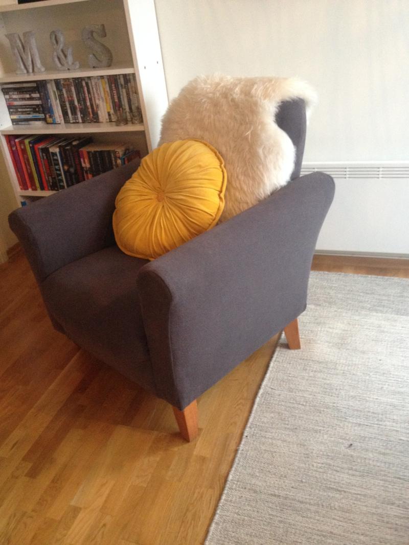 Hvordan trekke om en stol Interiør
