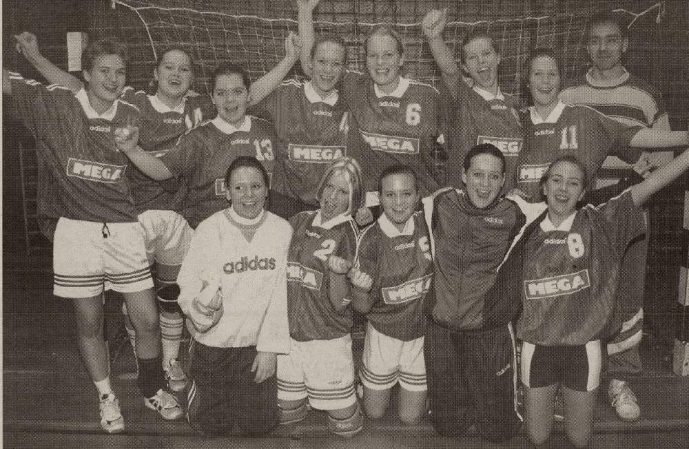 R&Å J16 anno 1996