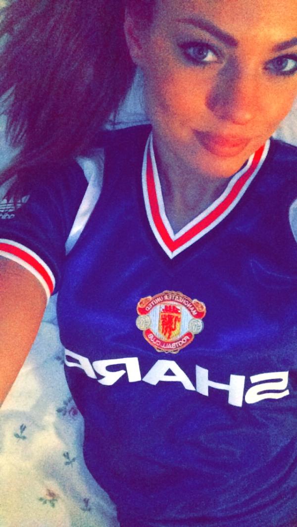 Manchester United 1982-83 3rd shirt