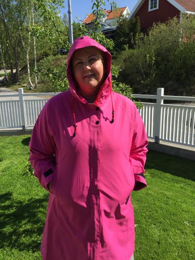 fec1805b En størrelse for stor - HeidiRosander – Hurra for lekre regnfrakker ...