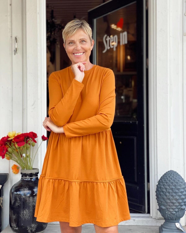 annebe – Kjole eller bukse ? Klær og bilder (av meg) fra