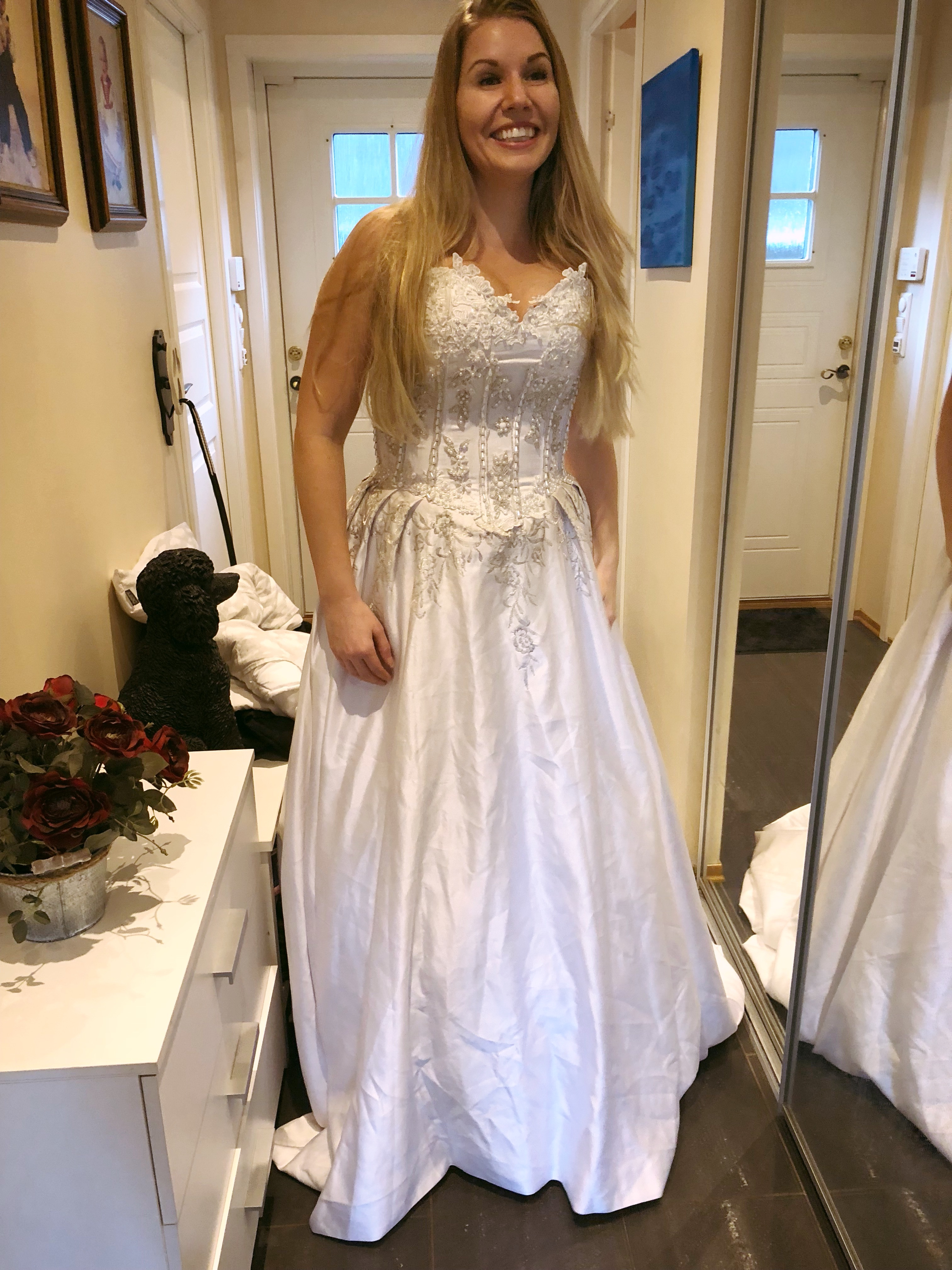 5eb330a487df metteask.blogg.no – Brudekjolen jeg valgte til mitt Tyrkiske bryllup