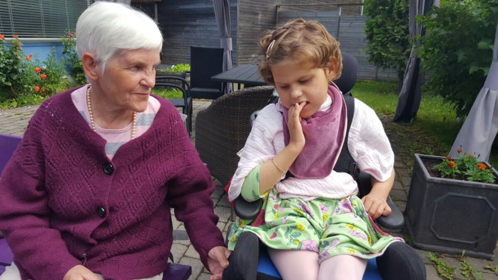 Bilderesultat for victorias fødselssdag bestemor lillegull emily blogg.no