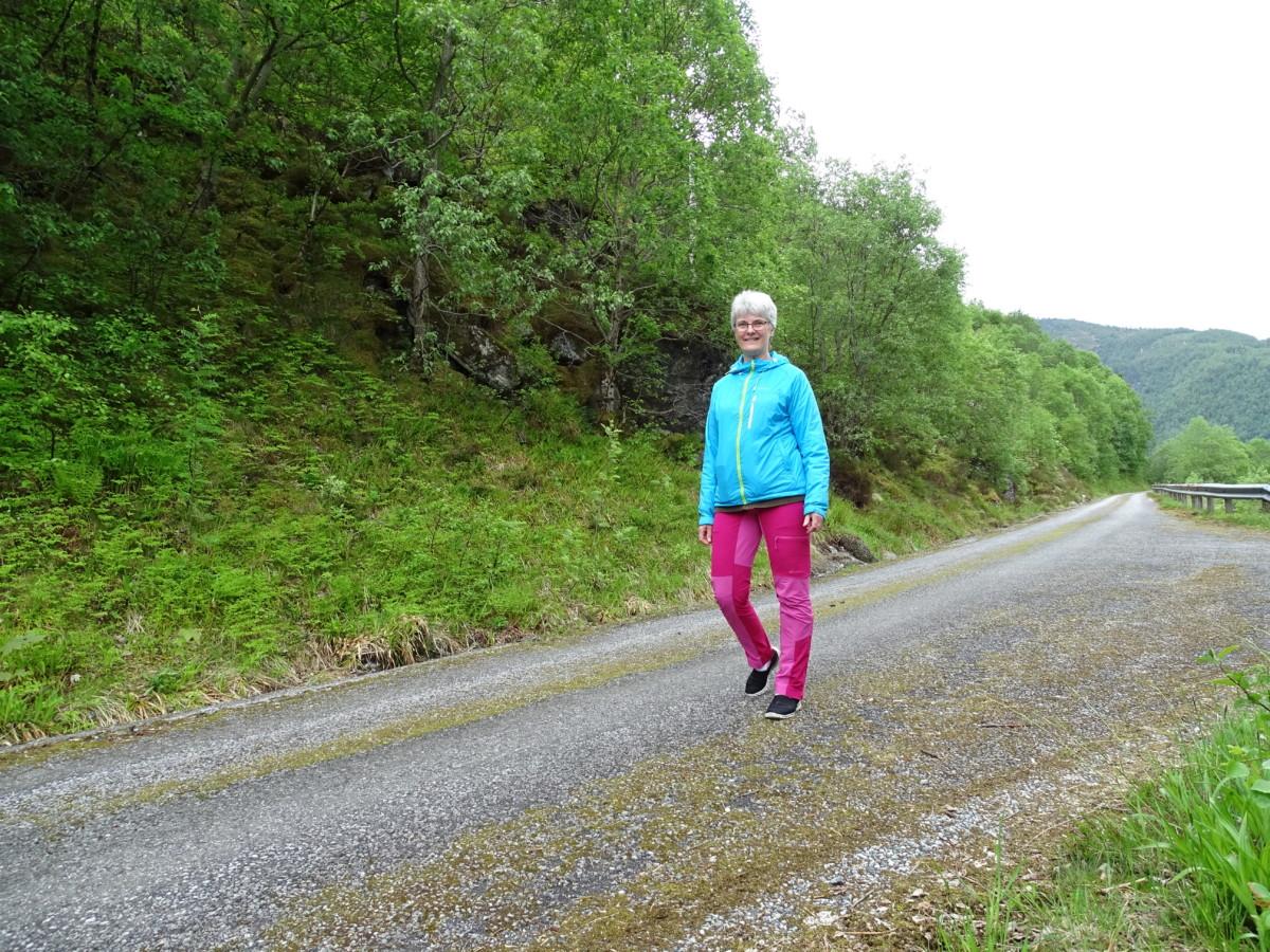 740f0f267194 Ellers har jeg vært hos fysio og trent i dag og da jeg kom hjem gikk jeg  like godt en spasertur