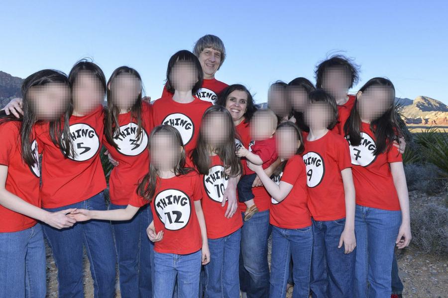 Ektepare torturerte og mishandlet sine 13 barn flere år