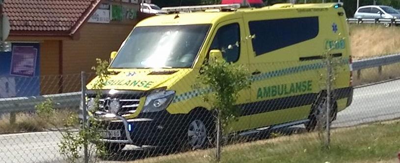 Mann ble sent til sykehus etter en sykkelulukke i Førde