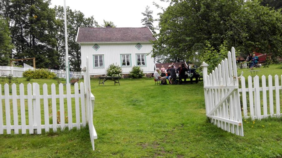 Vil dere gjerne være med på årets Farmen-sesong på  TV2. Les gjerne dette!