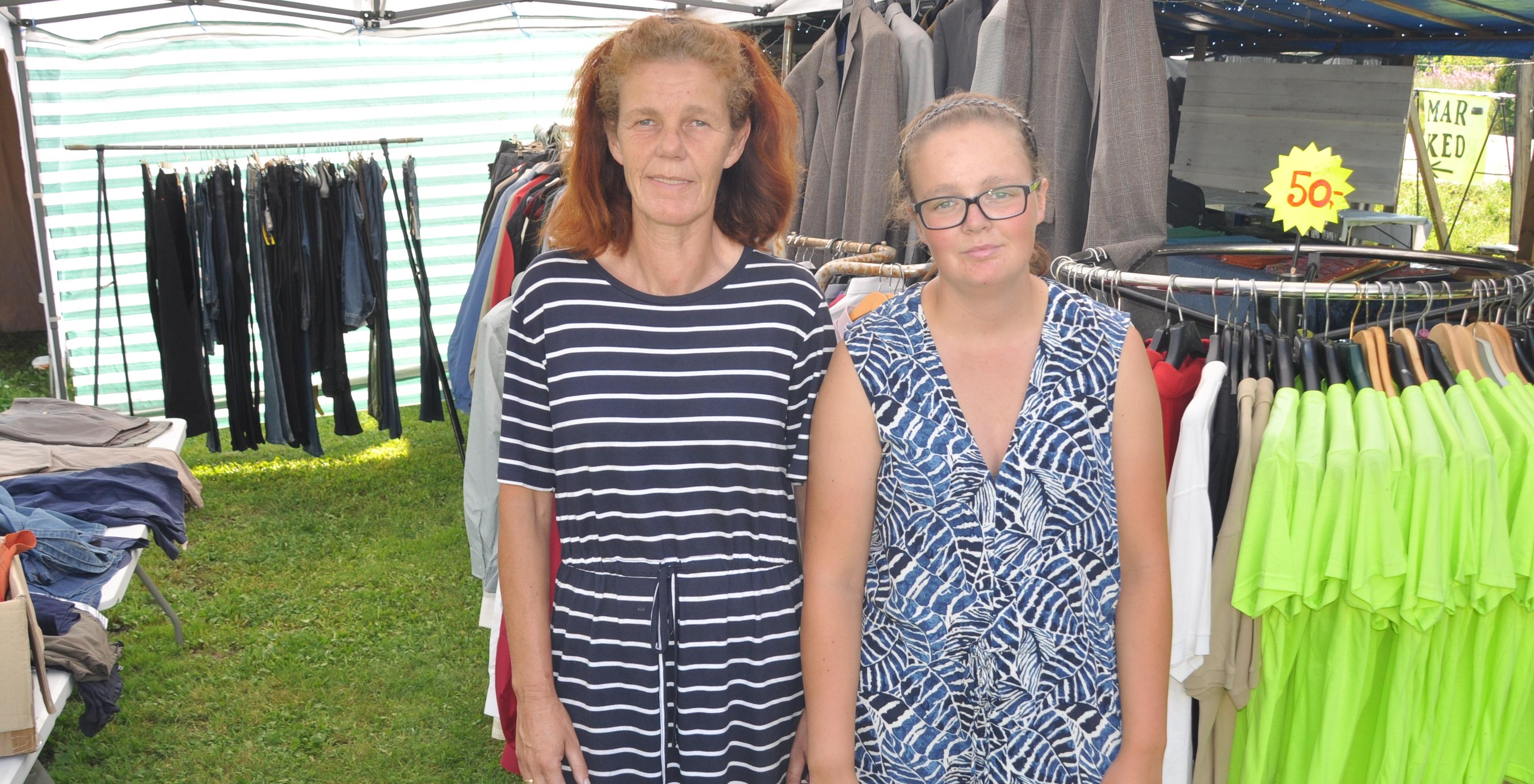 Søndag arrangerer Mona Lisa Grimsrud og datteren årets Høstmarked på Vold stasjonen i Skien