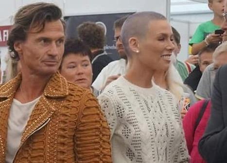 Gunhild (40) og Petter Stordalen (56) flytter fra hverandre. Nå takker de for støtten etter bruddet