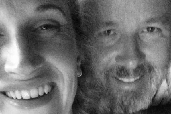 Ari Behns kjæreste Ebba Rysst Heilmann (34) deler rørende ord om kjæresten: Jeg er alltid hos deg, min elskede Ari min
