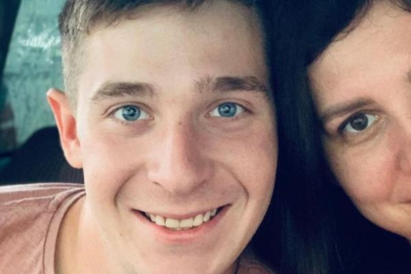 Marina Blmasheva (35) har giftet seg med sin egen stesønn.Nå venter de sitt første barn
