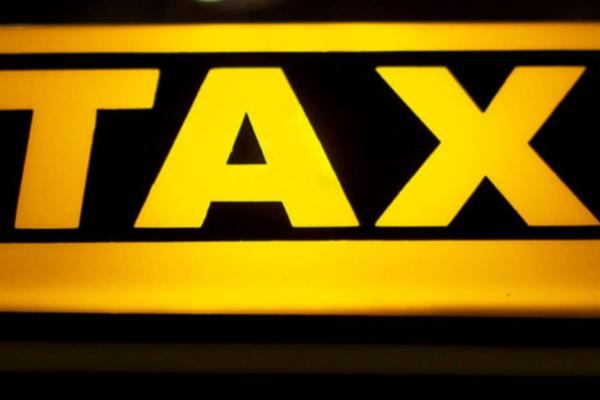 Taxiselskap vurderer erstatning mot Hurtigruten