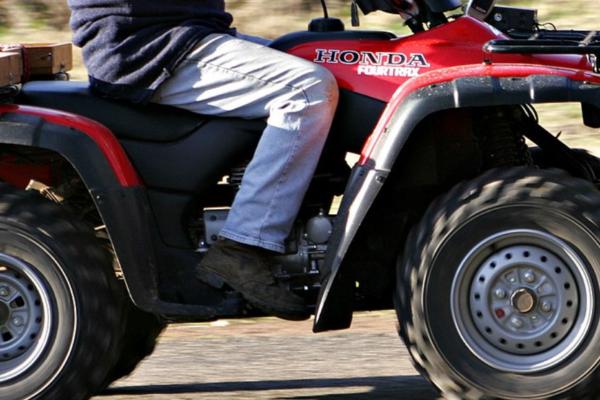 Tenåring alvorlig skadd i ATV-ulykke