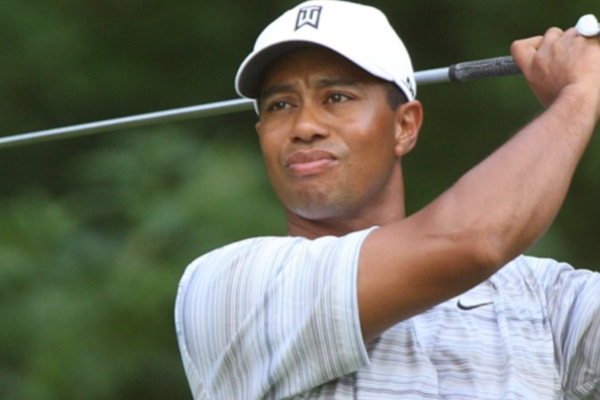 Tiger Woods kjørte i 135 km/t da han skadet seg stygt i bilulykken