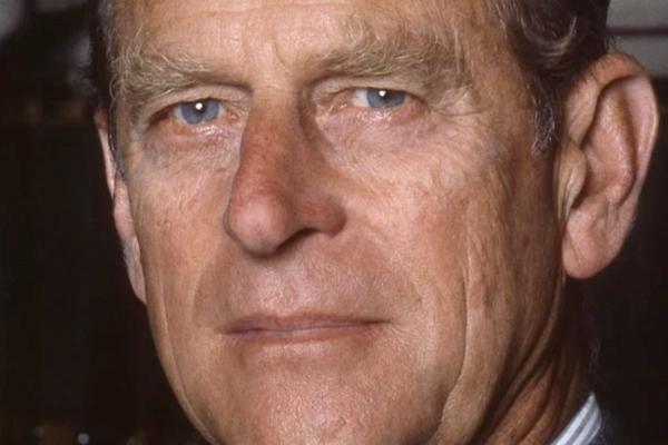 Storbritannias prins Philip (99) er død