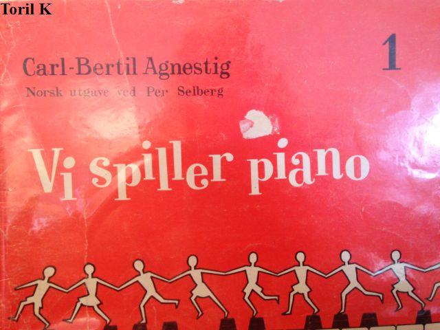 lær å spille piano