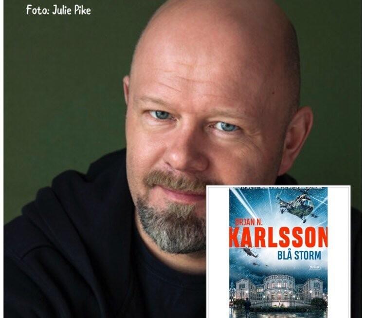 """August, sommeren nærmer seg slutt, nye episoder av """"Digi-forfatterintervju i landsbyen"""", avsluttes med Ørjan N. Karlsson"""