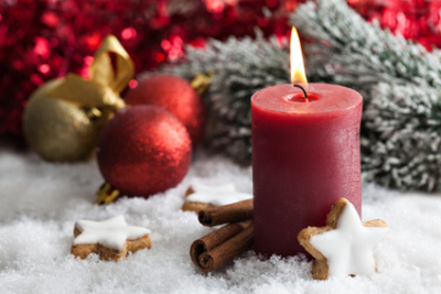erster Advent mit Kerze und Plätzchen / first advent with candle and cookies