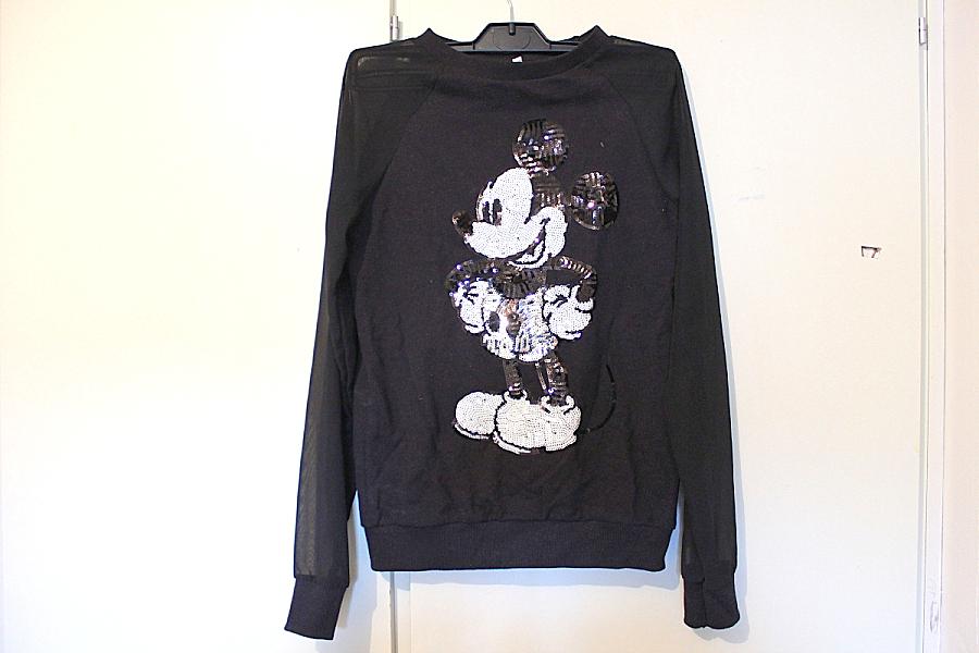 bf6be0e5 Mikkemus genser med gjennomsiktige armer. Aldri brukt. Pris: 100,- (org.  pris husker jeg ikke)