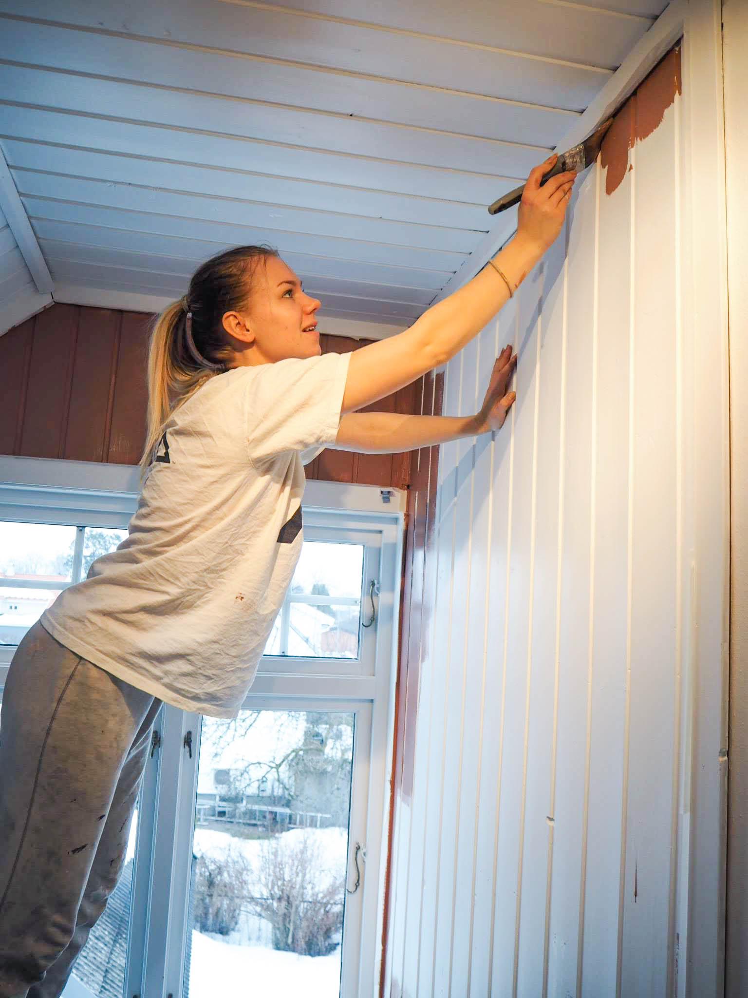 Jeg maler veggen