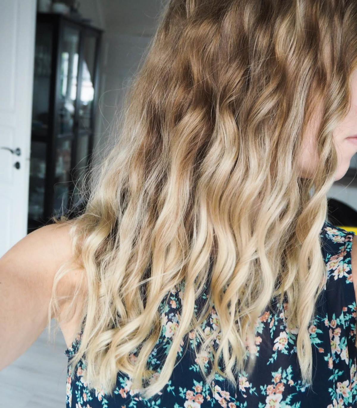 Krølle håret uten krølltang