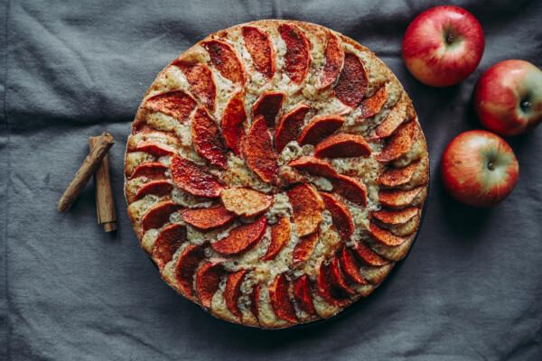 Oppskrift: Høstlig eplekake