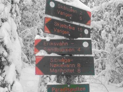 Østmarka; Haraløkka – Paradisputten – Vangen….på ski