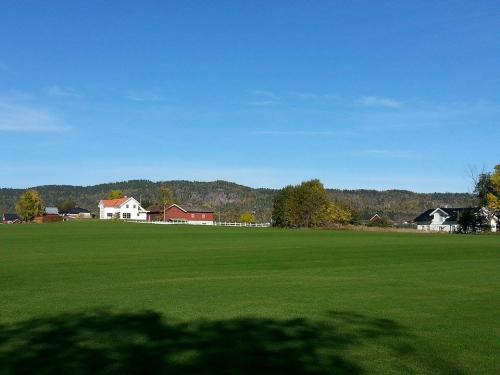 Vestmarka; Horni gård – Stovivann – Skui……