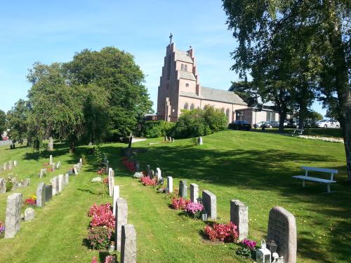 Landevei; Nordstrand kirke – Ljabruveien – Mortensrud…..