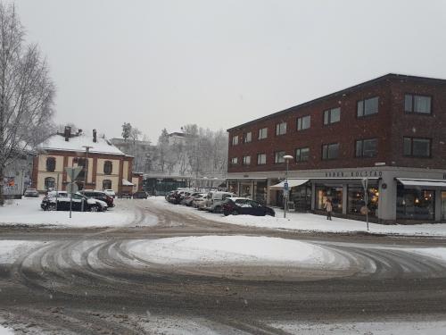Sandvika – Gamle Drammensvei – Stabekk – Høvik….